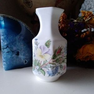Vintage Aynsley Wild Tudor Bone China Vase